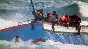 980929-110414-italy-migrants